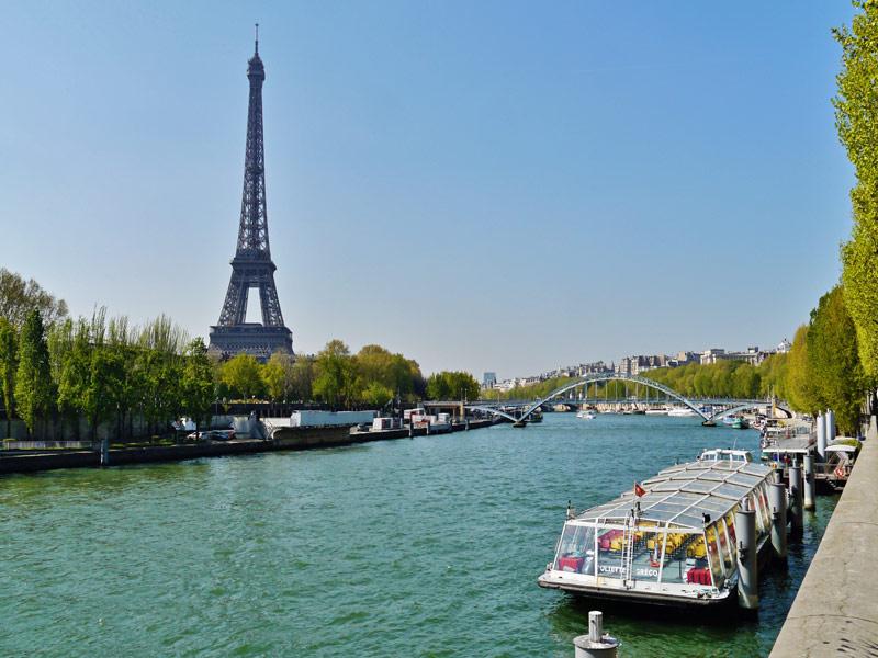 Paris y su rio Sena